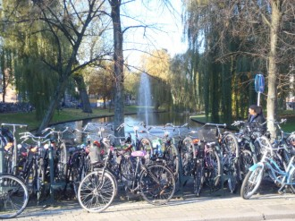 Bicycles abound on the Spoorsingel, next to the Central Station